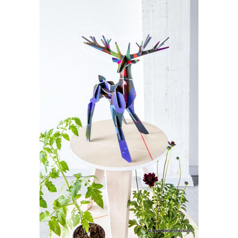 cerf stag design en carton imprim 38 cm de l 39 atelier chez soi. Black Bedroom Furniture Sets. Home Design Ideas