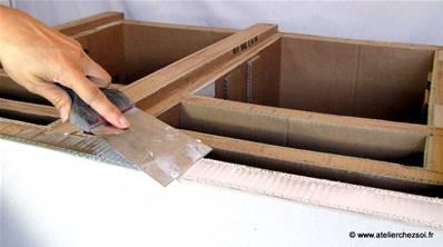 faire de belles finitions pour mon meuble en carton. Black Bedroom Furniture Sets. Home Design Ideas