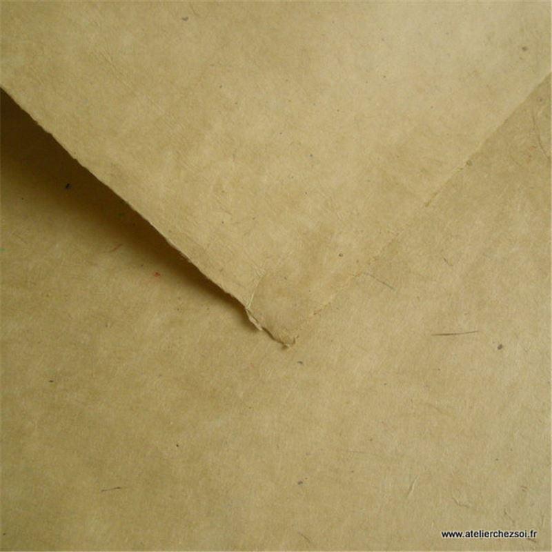 Papier n palais uni couleur sable 50x75 cm de l 39 atelier for Sable decoratif de couleur