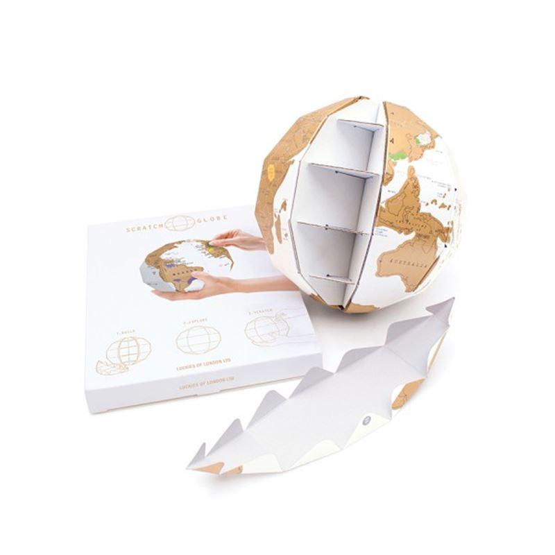 globe en carton gratter de l 39 atelier chez soi. Black Bedroom Furniture Sets. Home Design Ideas