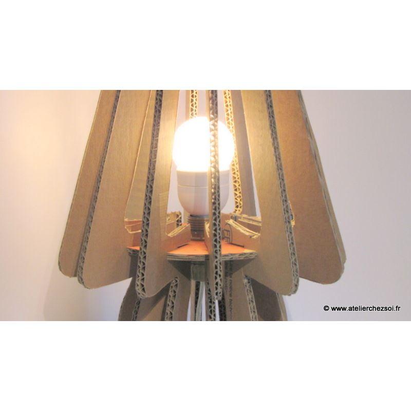 Luminaire Poser E À Pdf Lampe Lumi4 Patron Ondulé En Carton QrdtCsh