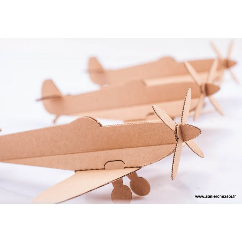 Avion en carton spitfire lot de 2 maquette construire - Construire des meubles en carton ...