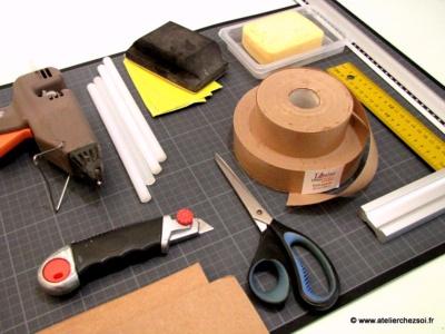 quel mat riel utiliser pour fabriquer ses meubles en carton. Black Bedroom Furniture Sets. Home Design Ideas