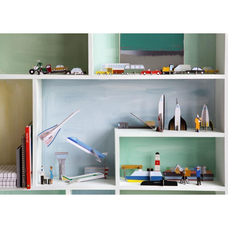teknika station spatiale en carton imprim studioroof de l 39 atelier chez soi. Black Bedroom Furniture Sets. Home Design Ideas
