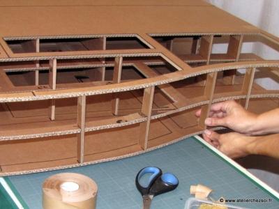 Combien de carton pour fabriquer la t te de lit halba for Tete de lit en carton